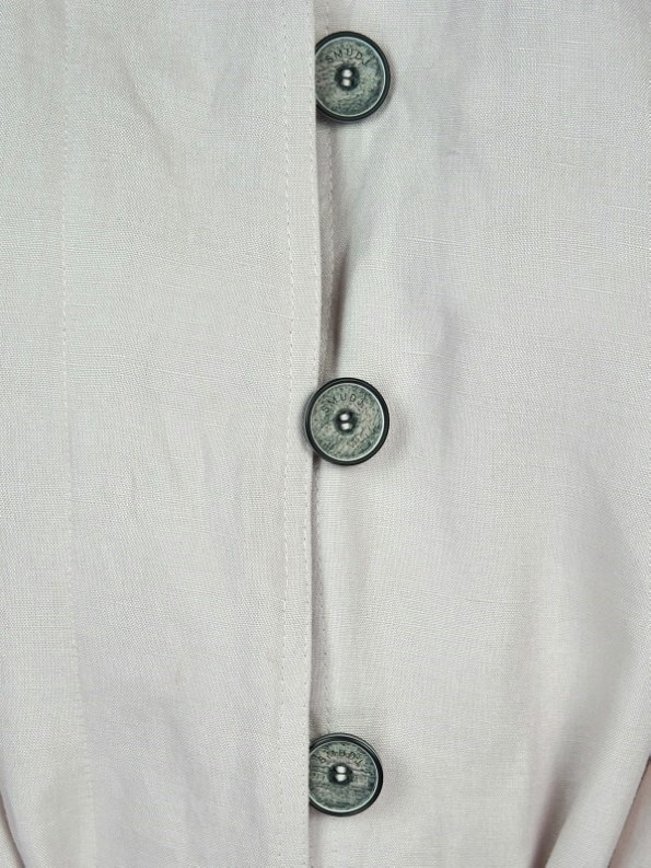 Smudj Mary Trench Bone Buttons2