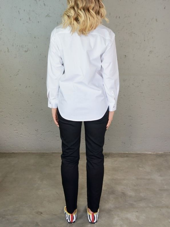 JMVB Hynde Boyfriend Shirt White Back Untucked