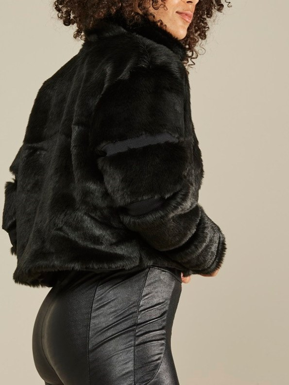Mareth Colleen Faux Fur Moskow Jacket Black Side