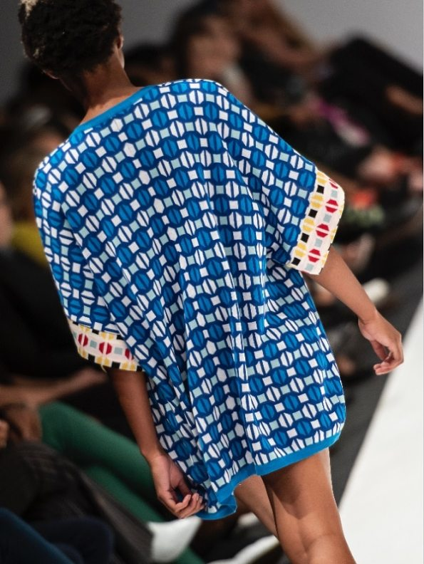 Romaria Short Short Kimono Blue Back