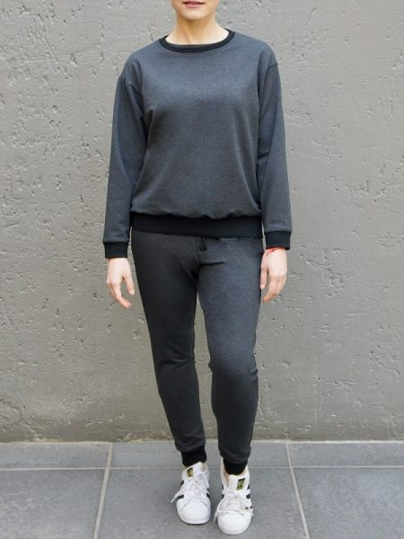 Charcoal grey ladies tracksuit with sweater and sweatpants made in South Africa
