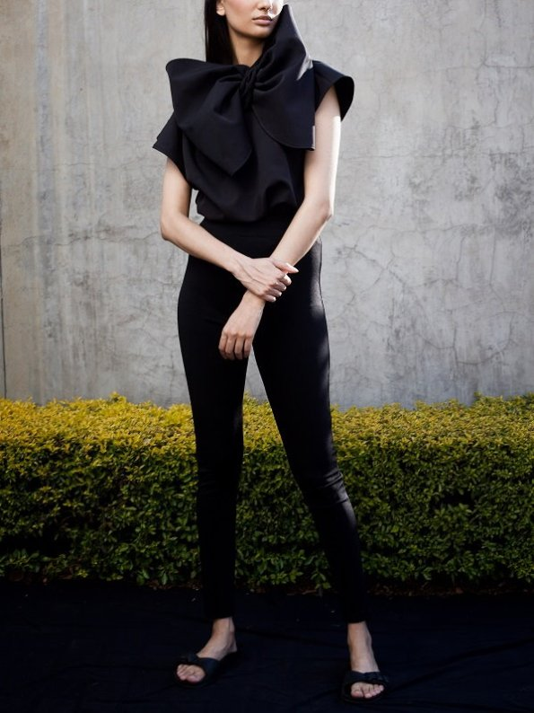 Erre Bend Black Bow Top with Black Skinny Pants