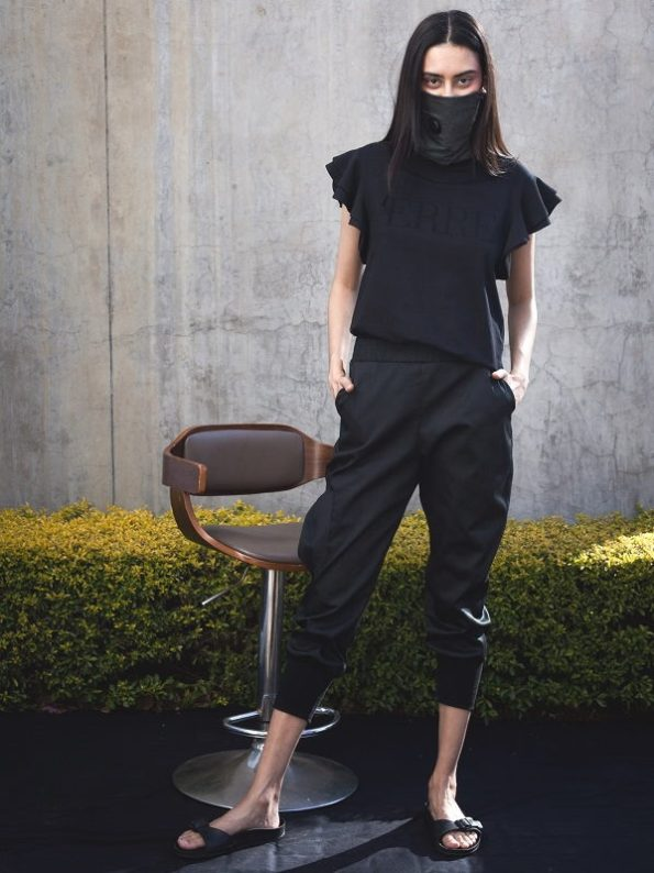 Erre Edge Cargo Pants and Erre Tshirt Black with Mask