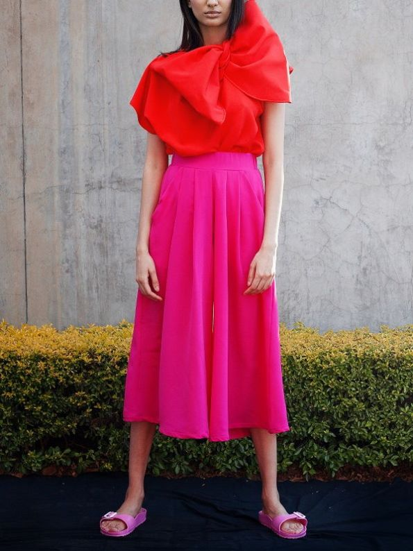 Erre Flow Culottes Pink and Bend Red Bow Top