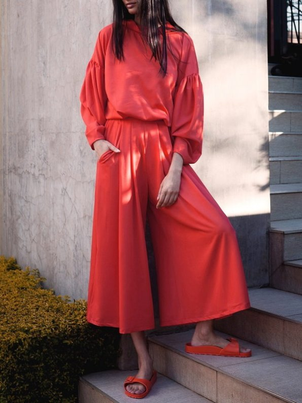 Erre Red Flex Sweater with Matching Red Culottes