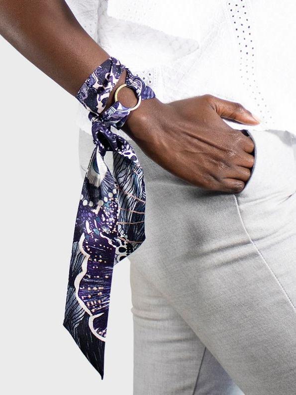 How to wear a Silk Twilly with Ring on Arm Oceanum Urchin Black Purple Aureum