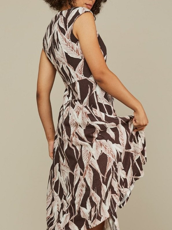Mareth Colleen Jan Leaf Print Linen Dress Back Cropped