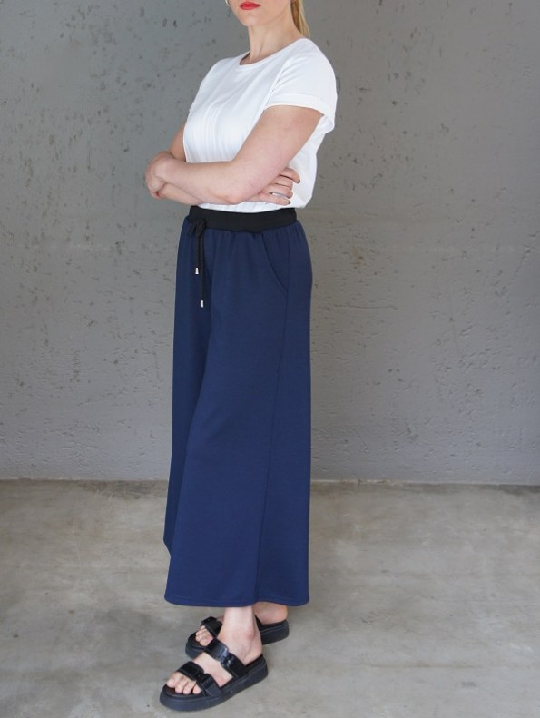 JMVB Athleisure Culottes Navy with Jimmy D T-shirt Side