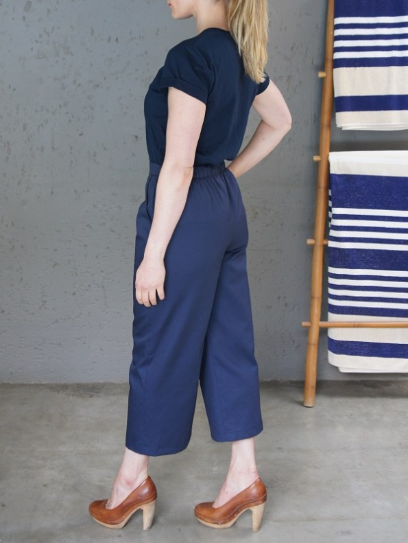 JMVB Jimmy D T-shirt Navy with Culottes Side