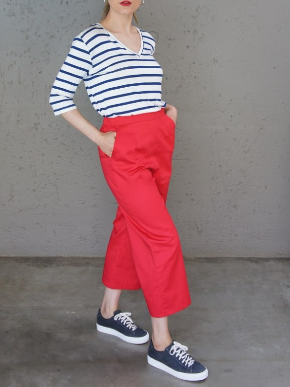 JMVB V-neck Striped T-shirt and Red Culottes Side