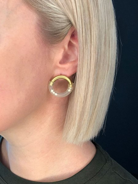 Pearl earrings South Africa with brass and rubber