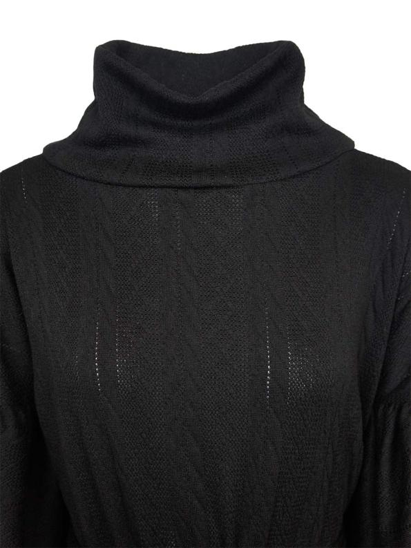 Erre Doyenne Dress Black Neckline