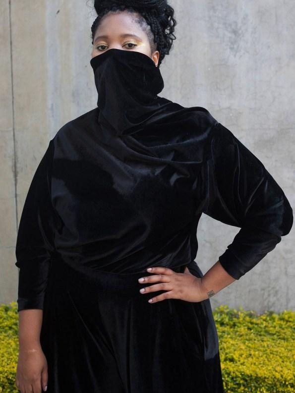 Erre Connoisseur Velvet Drape Top Black 3