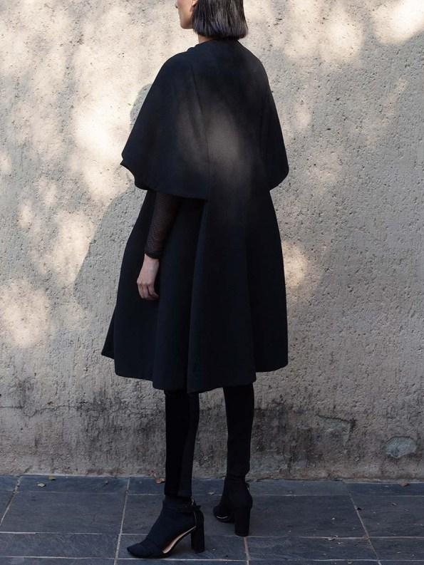 Erre Wool Cape Sleeve Coat Black 2