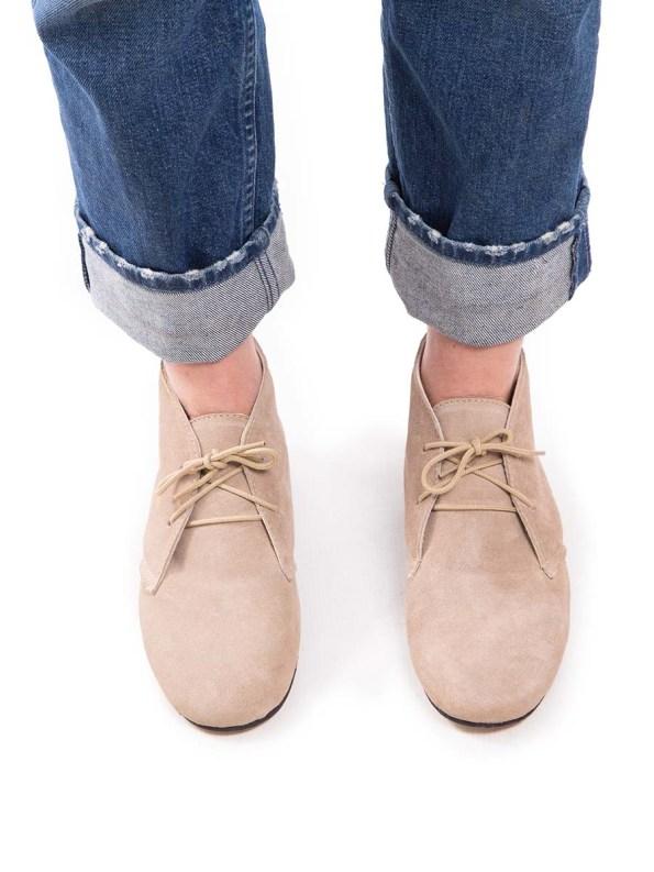 HoC Taylor Boots Stone Model
