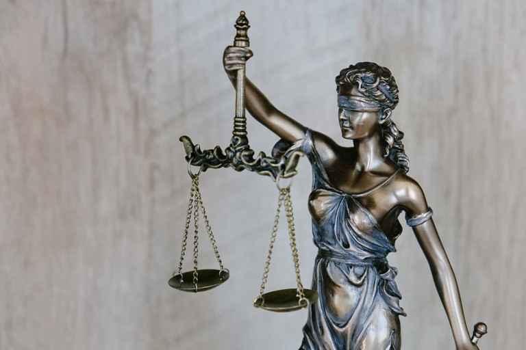 Evenwicht Afwegen Rechtvaardigheid Doneren Goede Daad Ego Relativeren