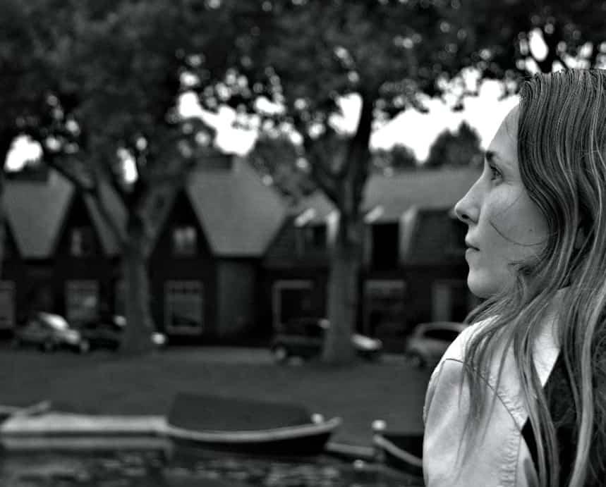Mirjam Reijnders Zwartwit Woerden Somber Serieus Depressief Ongelukkig