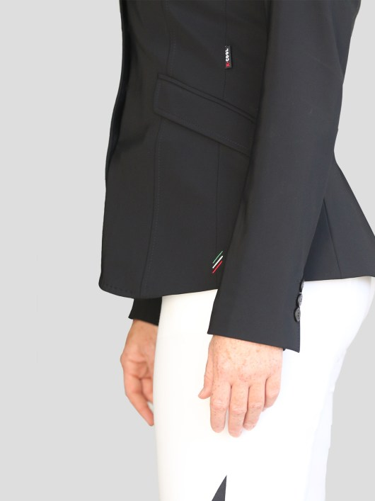 WOMEN'S SHOW JACKET WITH OUTLINE LOGO IN X-COOL 4
