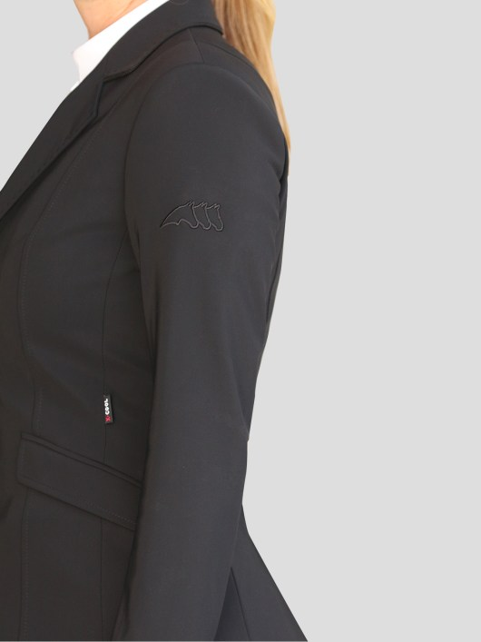 WOMEN'S SHOW JACKET WITH OUTLINE LOGO IN X-COOL 3