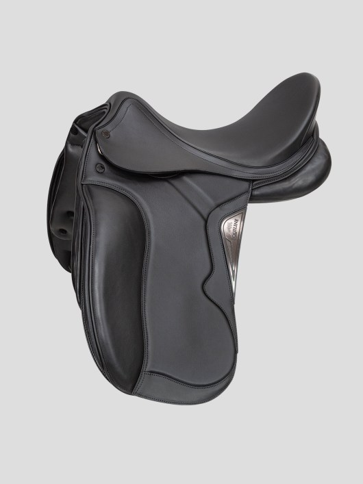 EQUILINE dressage saddle shyny