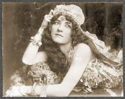 Nan Aspinwall as Princess Omene