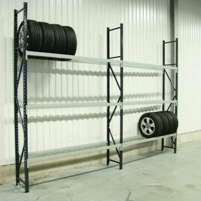 Etagère à pneus