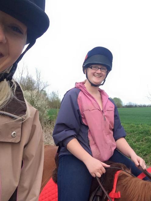 Riding scottie
