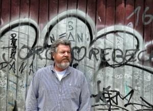 Juan López de Uralde visita el Altoaragón para denunciar la contaminación del Gállego