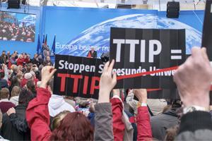 Esta semana será la 8ª Ronda de negociaciones del #TTIP. Exigimos eliminación del Consejo Regulador