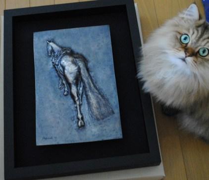 しっぽの馬とネコ