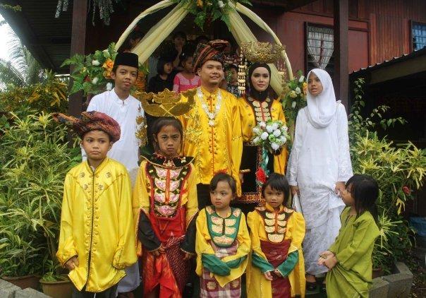 Pakaian Suku Bajau penuh tradisi dan menarik