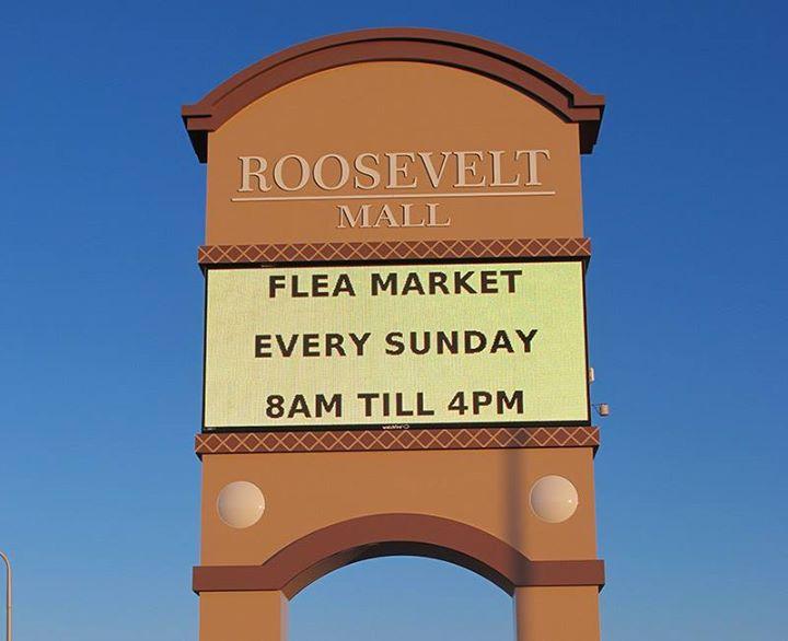 Outdoor Phila Flea Market at the Roosevelt Mall