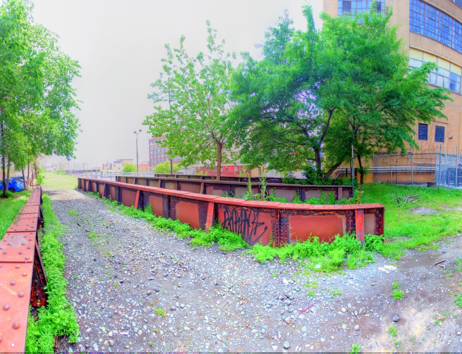 Panorama 2302_blended_fused_pregamma_1_fattal_alpha_1_beta_0.9_saturation_1_noiseredux_0_fftsolver_1 small