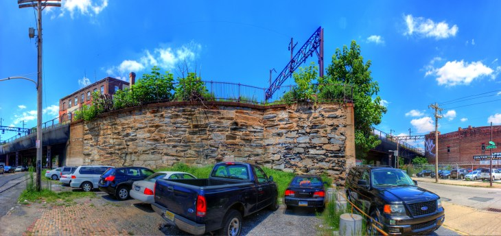 Panorama 2335_blended_fused_pregamma_1_fattal_alpha_1_beta_0.9_saturation_1_noiseredux_0_fftsolver_1