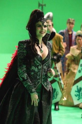 Regina les jodió la fiesta