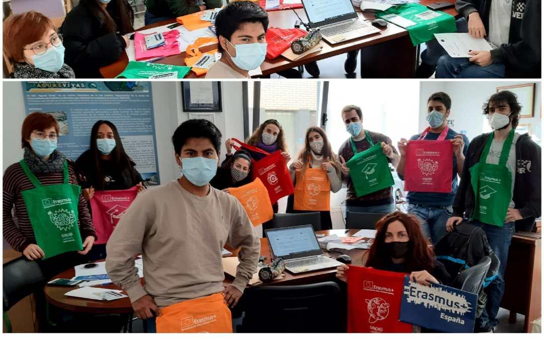 El alumnado Erasmus de CFGS juntos buscando empresas para sus FCT en Europa.