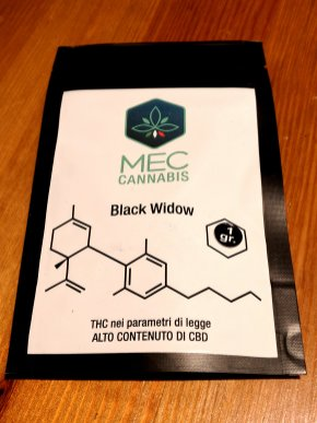 Black Widow di Mec Cannabis, la recensione