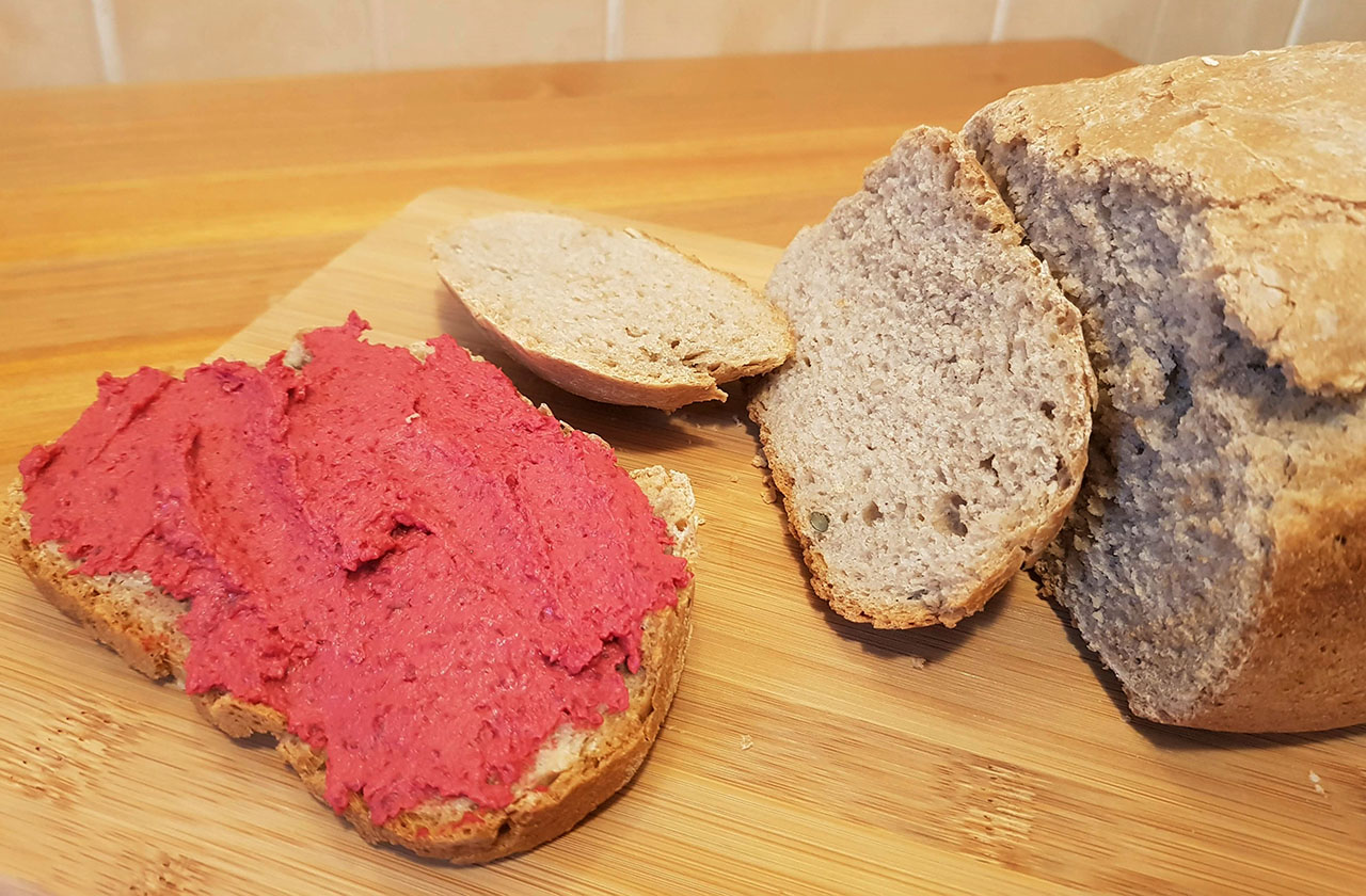 Hummus rosu
