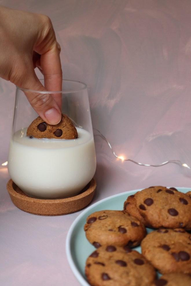 cookies cu ciocolata si lapte