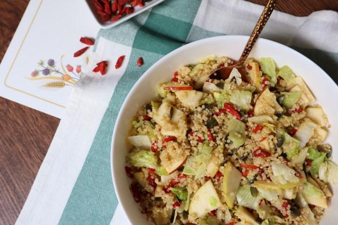 salata de quinoa si mar