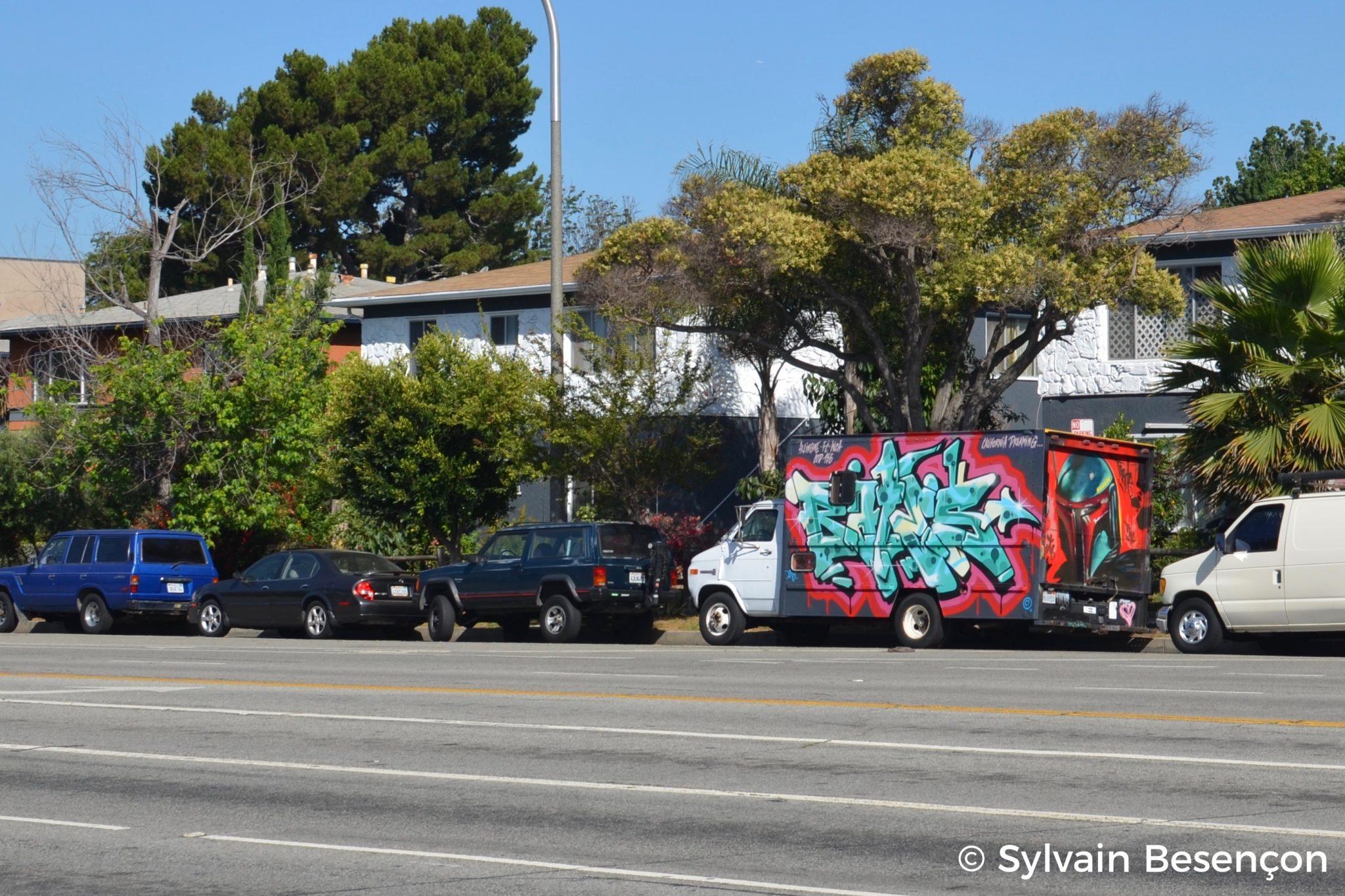 Mobile mural