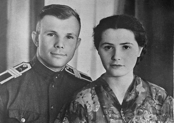 Gagarin's wife. Valentina Ivanovna Gagarina: biography and ...