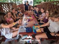 Kézműves foglalkozás A karkötőcsomózás alapjai Erdei iskola