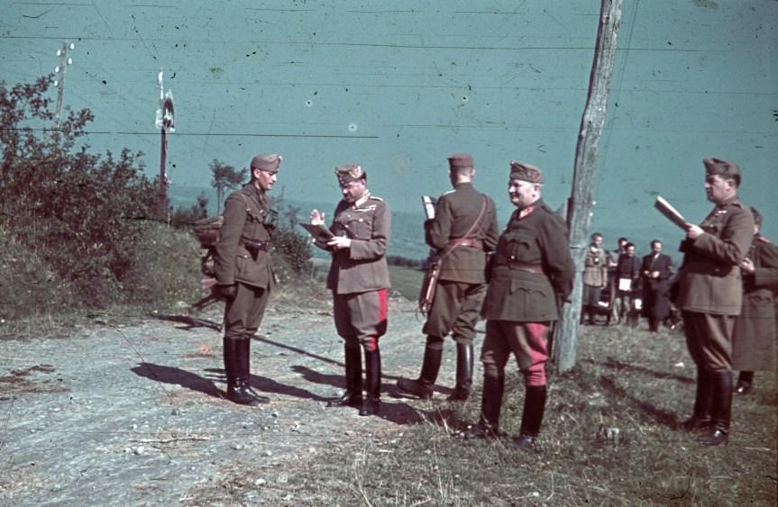 Magyar tisztek