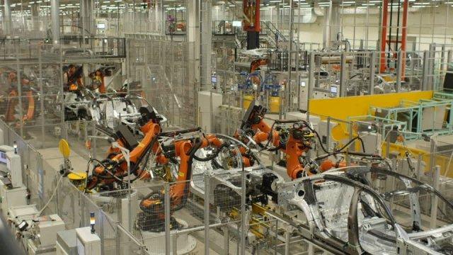 Объемы промышленного производства в ФРГ снижаются с тревожной скоростью