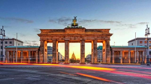 Германия вводит со 2 ноября «мягкий локдаун»