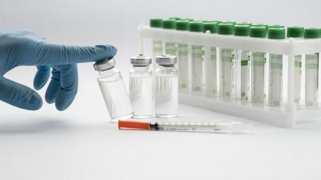Беларусь заявила о создании собственной вакцины от новых мутаций