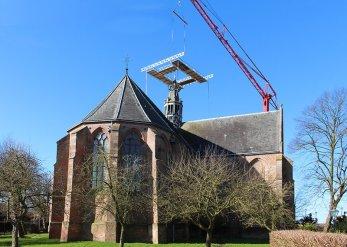 Restauratie toren Grote- of Sint Nicolaaskerk te Oosthuizen Foto: Pronk Bouw