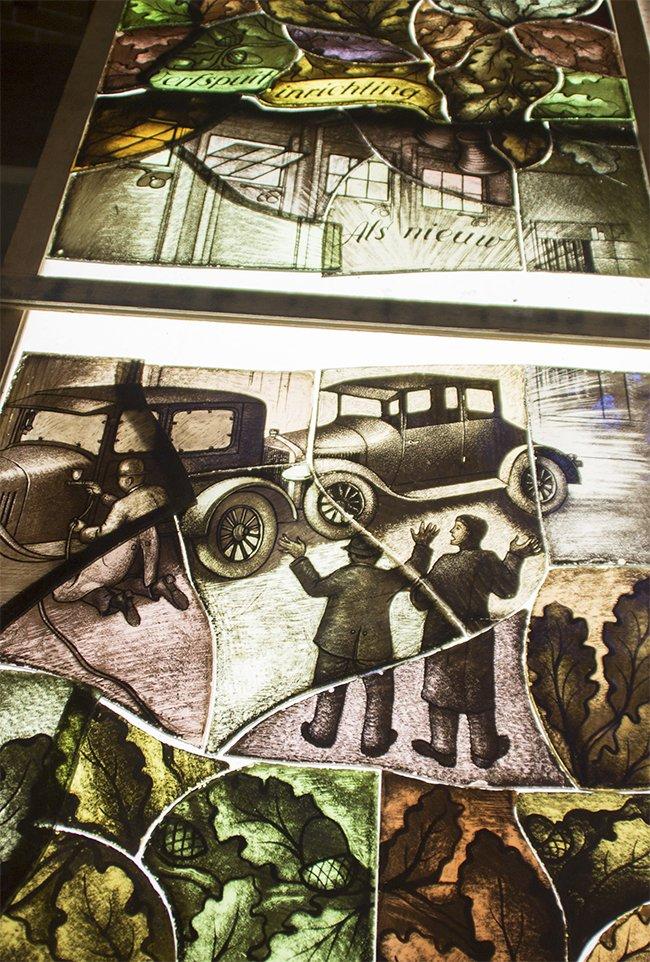Restauratie panelen bij glasatelier Hagemeier Foto: Russcher Tekst & Beeld