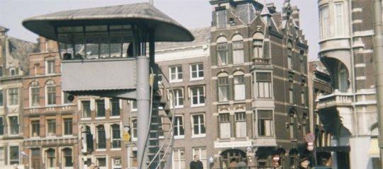 De Duiventil op het Muntplein in Amsterdam rond 1955